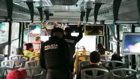 Monterrey realiza operativos para evitar robos en el transporte público