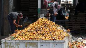 Mexicanos tiran 42 mil kilos de alimentos por minuto