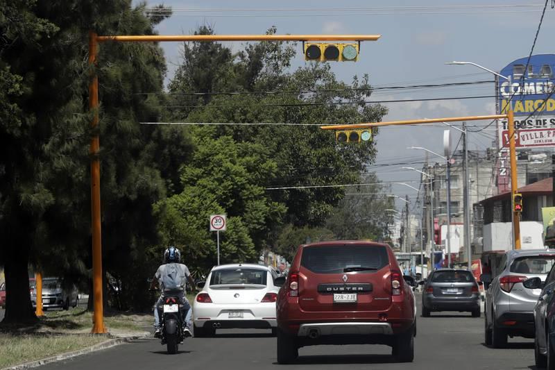 Sincronizan 66 semáforos para mejorar movilidad en la ciudad