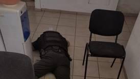 Tres estaciones de Policía sufren ataque simultáneo en León; un elemento fue asesinado