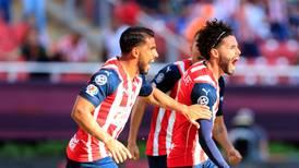 Chivas consigue su primer triunfo con Leaño