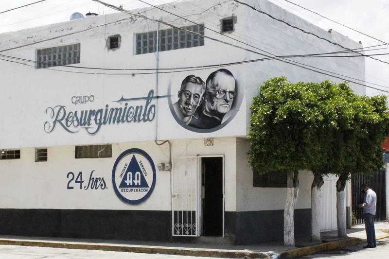 Los anexos se han convertido en centros de drogadicción y refugio de delincuentes, señaló el gobernador de Puebla, Miguel Barbosa