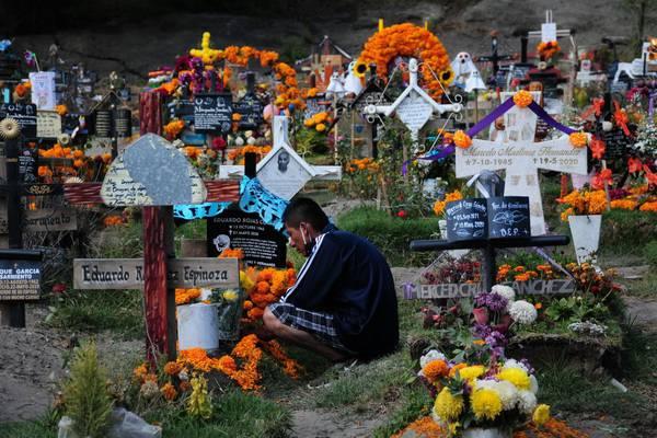 Día de Muertos: panteones de la CDMX sí abrirán, menos los 17 de Xochimilco