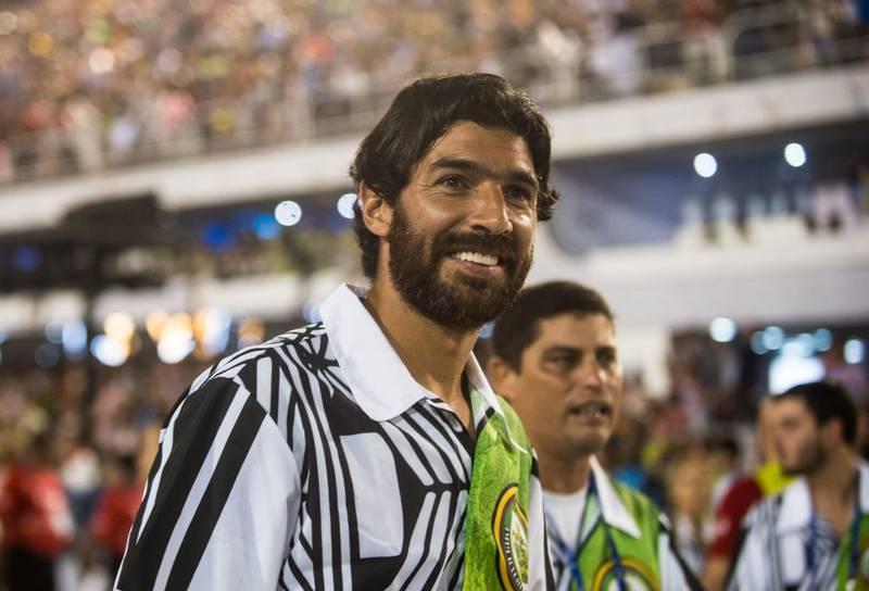 El Loco Abreu anuncia su retiro tras 26 años de carrera