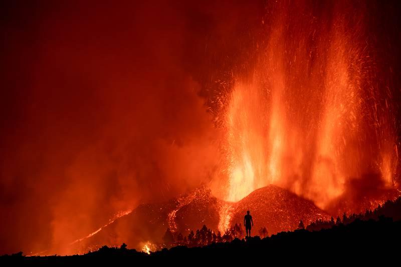 La transmisión del volcán no para.
