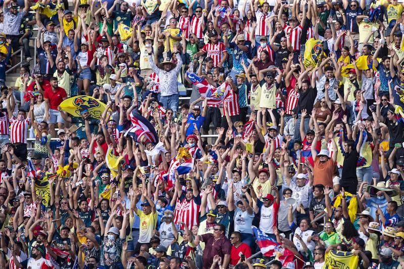 Estadio Azteca incrementa su aforo para el Clásico nacional