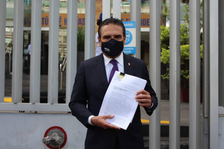 Silvano Aureoles acude a la CNDH a presentar queja contra AMLO