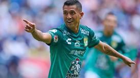León ruge en el Gigante de Acero y le pega a Monterrey
