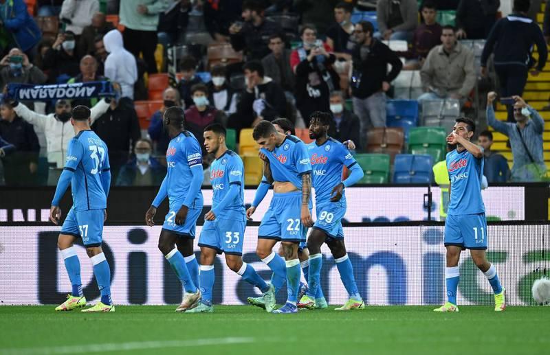 Chucky Lozano consigue su primer gol de la temporada con el Napoli