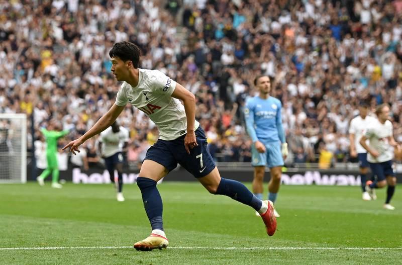 Tottenham le pega al campeón Manchester City