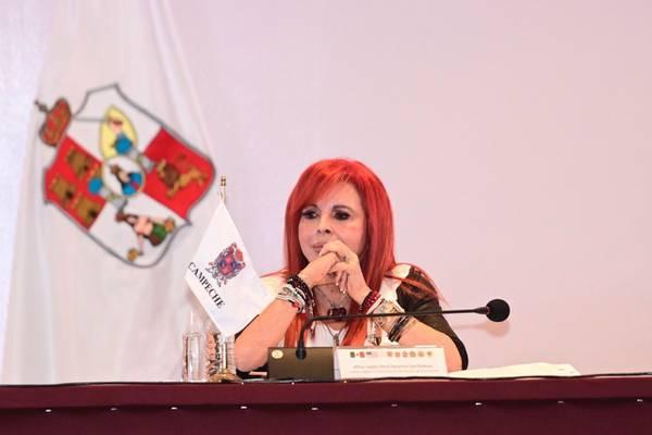 Layda Sansores pide justicia para el sureste