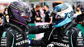 Lewis Hamilton conquista la pole position en Turquía; se la cede a Valtteri Bottas