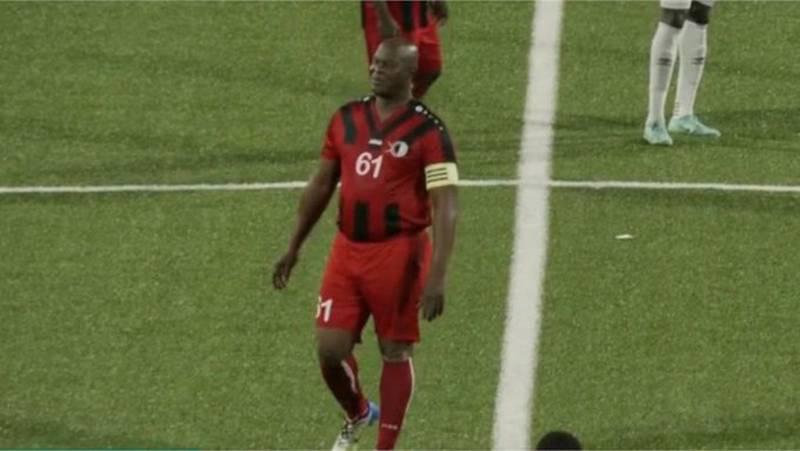 Brunswijk no podrá jugar en con el Inter Moengotapoe por una orden de captura
