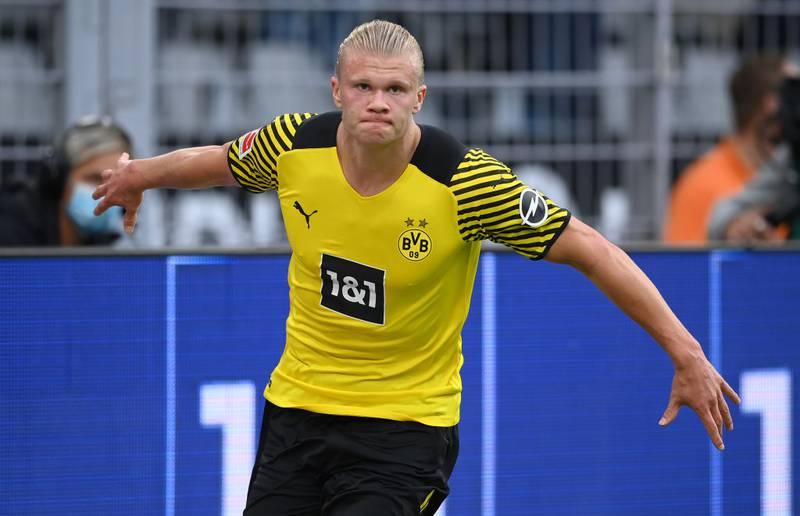 El delantero del Borussia Dortmund, Erling Haaland, recientemente descubrió cuál es su valoración en el FIFA 22 y no quedó muy contento